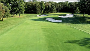 Knollwood Country Club in Lake Forest, Ill.
